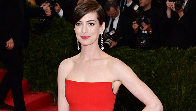 """Anne Hathaway gesteht: """"Der Ruhm hat mich zerstört!"""" (Bild: APA/EPA/JUSTIN LANE)"""