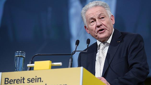 Landeshauptmann Josef Pühringer will seine Partei nächstes Jahr erneut in die Landtagswahl führen. (Bild: APA/RUBRA)