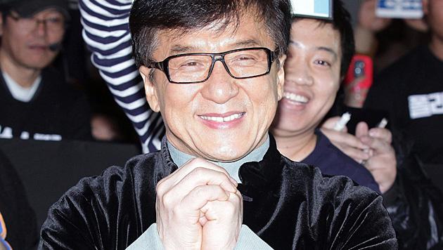 """Es war seine einzige Rolle ohne Kampfszene: Jackie Chan spielte in """"All in the Family"""" mit. (Bild: APA/EPA/SHIN HYO TEUK)"""