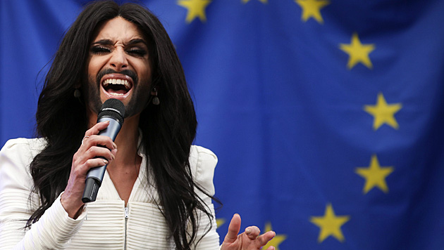 Conchita Wurst (Bild: APA/EPA/OLIVIER HOSLET)