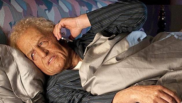 Ein bisserl Spaß muss für den guten Zweck drin sein, dachte sich Hugh Grant und postete dieses Bild. (Bild: twitter.com/hackedoffhugh)