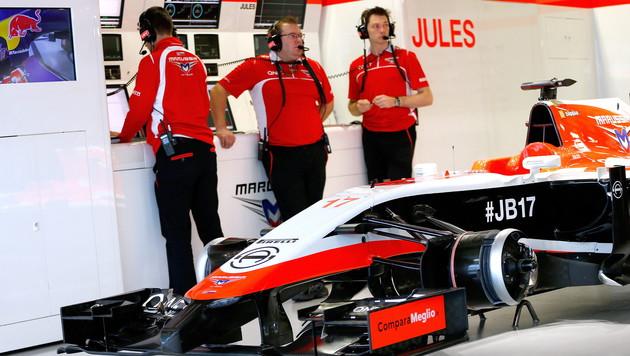 Bianchis Auto blieb in der Box, kein Ersatzfahrer ging an den Start (Bild: APA/EPA/VALDRIN XHEMAJ)