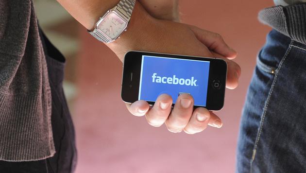 Hilfe: Facebook Connect (Bild: APA/HELMUT FOHRINGER)