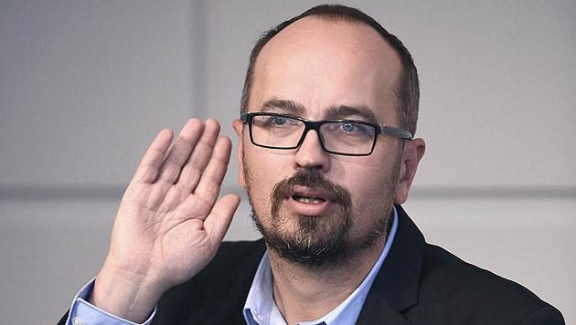 Michel Reimon (Grüne), Nebeneinkünfte: mindestens 500 Euro (Bild: APA/VIOLA JAGL)