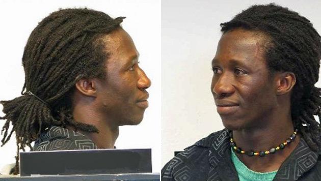 Die Polizei sucht nach weiteren Opfern, die der 28-Jährige betrogen hat. (Bild: Polizei)
