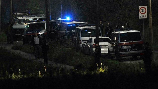 Familienfehde in Wien fordert vier Schwerverletzte (Bild: APA/HANS PUNZ)