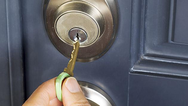 Keine Chance für Einbrecher und andere Gefahren (Bild: thinkstockphotos.de)
