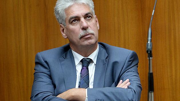 """""""Verstehe Entscheidung des Aufsichtsrates nicht"""" (Bild: APA/ROLAND SCHLAGER)"""