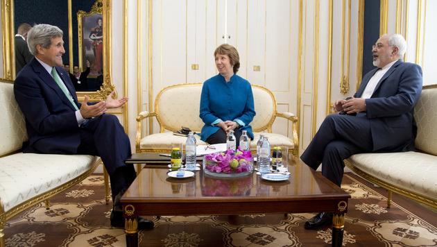 John Kerry, Catherine Ashton und Javad Zarif beim Gespräch in Wien (Bild: AP)