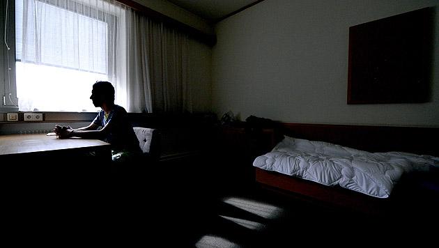 Asylwerber erhielt erst nach 18 Jahren Bleiberecht (Bild: APA/HANS KLAUS TECHT (Symbolbild))