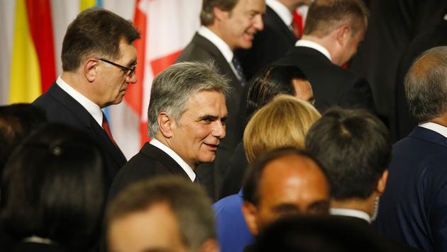 Faymann trifft Putin und Poroschenko in Mailand (Bild: APA/BKA/ANDY WENZEL)