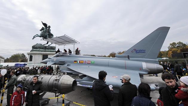 """""""System Eurofighter"""" nur noch 5 Jahre in der Luft? (Bild: APA/ANDREAS PESSENLEHNER)"""