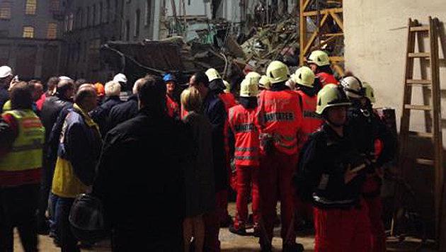 """Hauseinsturz in Manner-Fabrik: """"Wie Bombentreffer"""" (Bild: Richard Schmitt)"""