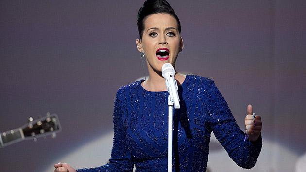 Katy Perry ist von der Spitze der Charts nicht mehr wegzudenken. (Bild: APA/EPA/Andrew Harrer/POOL)
