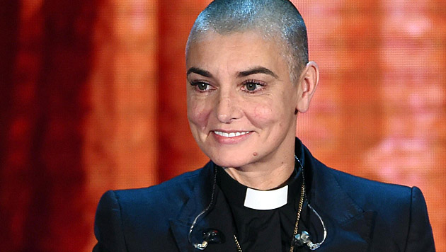 """Sinead O""""Connor verweigert eine Bühnenshow mit dem Papst. (Bild: APA/EPA/DANIEL DAL ZENNARO)"""