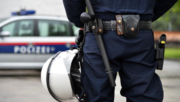 """Aufregung um Polizeieinsatz: """"Eine Frechheit"""" (Bild: APA/BARBARA GINDL)"""