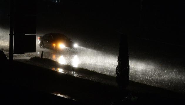 In Salzburg kam es zu massiven Regenfällen. (Bild: APA/BARBARA GINDL)