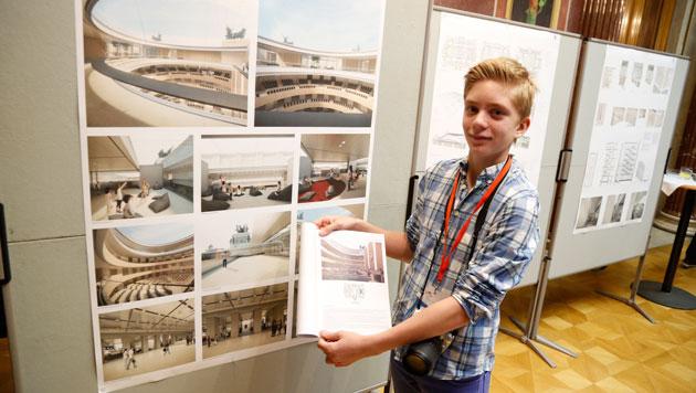 Auch die Jugend zeigt Interesse für das neue Hohe Haus. (Bild: Martin A. Jöchl)