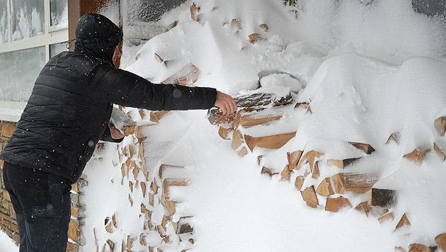 """Wintereinbruch """"überraschte"""" mit reichlich Schnee (Bild: APA/BARBARA GINDL)"""