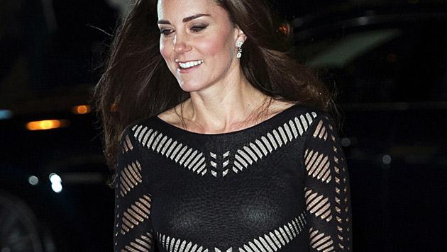 Kate scheint es besser zu gehen. Es war der dritte Auftritt in einer Woche. (Bild: APA/EPA/HANNAH MCKAY)