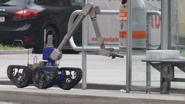 "Der Bombenroboter ""Maxl"" (Bild: Andi Schiel)"