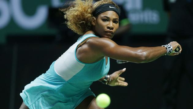 Serena Williams trifft im Finale auf Simona Halep (Bild: AP/Mark Baker)