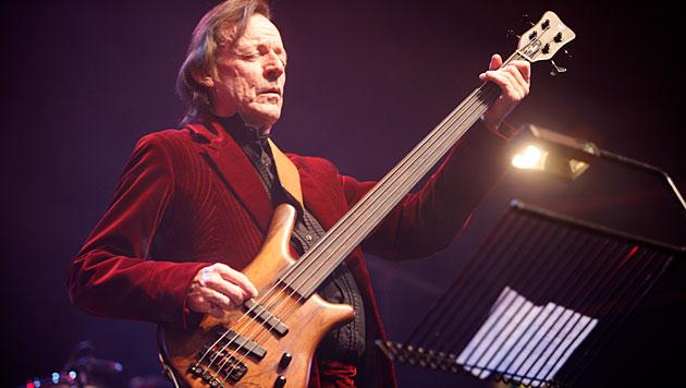 Jack Bruce bei einem Auftritt 2008 in London (Bild: AP)