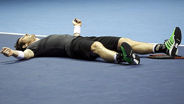 """Murray gewinnt """"Krimi""""-Finale gegen Robredo (Bild: APA/EPA/KAI FOERSTERLING)"""