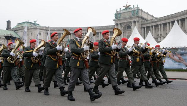 Regierung verspricht Verlässlichkeit des Heeres (Bild: Klemens Kroh)