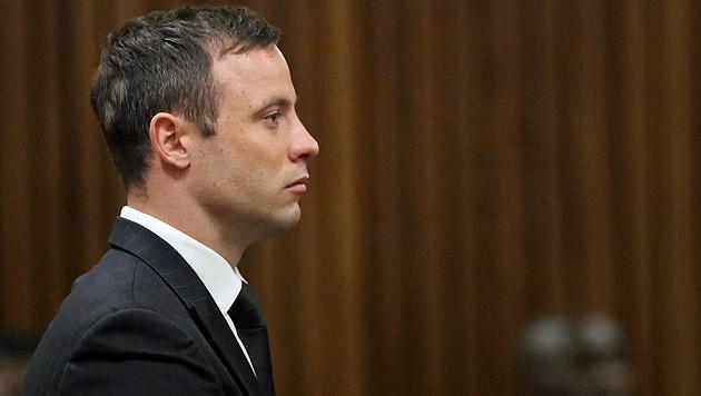 Pistorius kommt nach nur 10 Monaten aus Gefängnis (Bild: APA/EPA/THEMBA HADEBE/POOL)