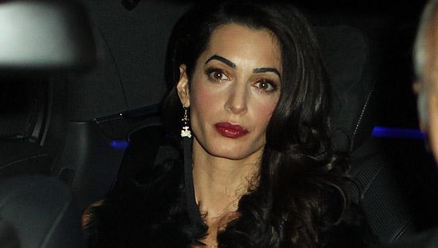 Glücklich schaute Amal Clooney vor der zweiten Hochzeit nicht aus. (Bild: Bulls Press)
