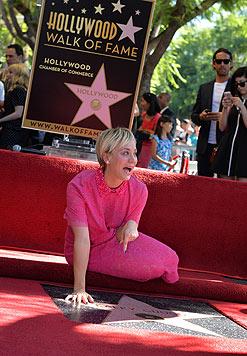 """Kaley Cuoco spielte sich als Penny in der """"Big Bang Theory"""" in die Herzen der Fans. (Bild: AFP)"""