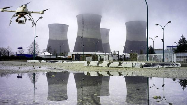 Frankreich will Drohnen-Abwehrsystem entwickeln (Bild: AFP, APA/EPA/CAROLINE BLUMBERG)