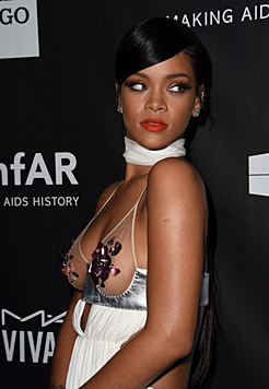 Rihannas Outfit war aus der Frühlingskollektion von Tom Ford. (Bild: AFP)