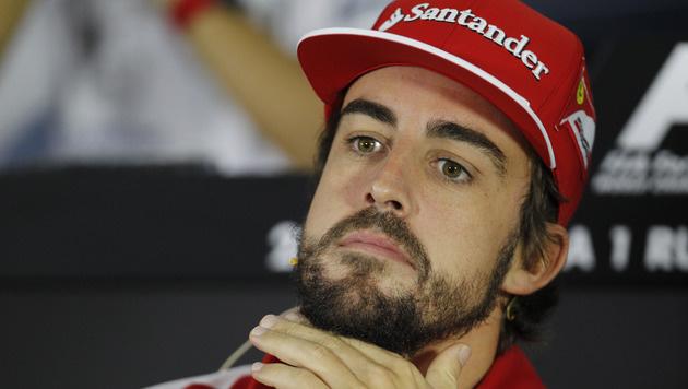 Wirbel bei Ferrari: Bleibt Fernando Alonso? (Bild: AP/Luca Bruno)