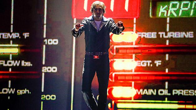 """Miroslav Zilka zeigte seine Tanzperformance """"Knightrider Show"""". (Bild: ORF/Milenko Badzic)"""