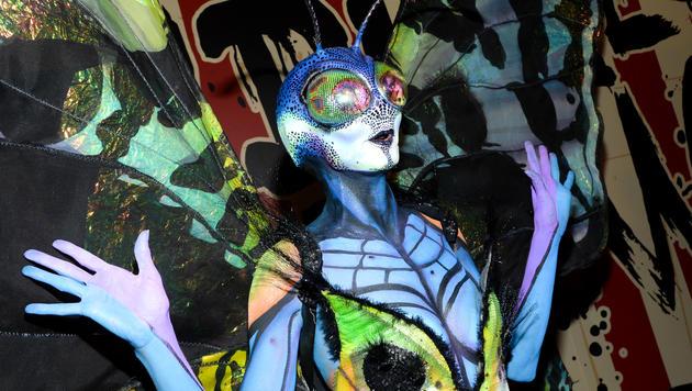 Heidi Klum ist berühmt für ihre spektakulären Halloween-Kostüme. (Bild: APA/AP/Evan Agostini)