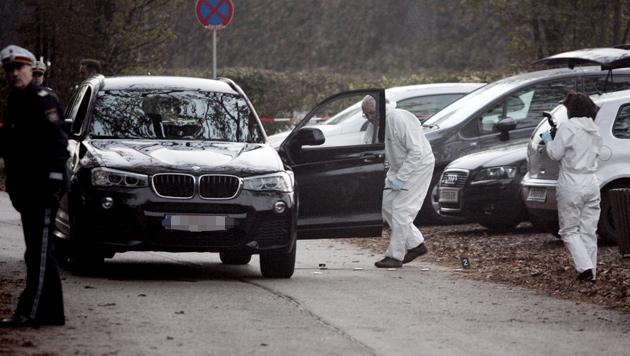 In diesem BMW wurde der Kärntner erschossen - seine Freundin soll am Beifahrersitz gesessen sein. (Bild: Klaus Kreuzer)