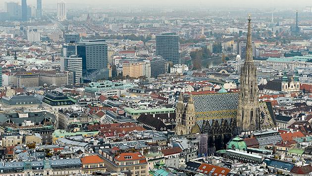 Wien: Höchste Einwohnerzahl seit 1934 (Bild: APA/HERBERT NEUBAUER)