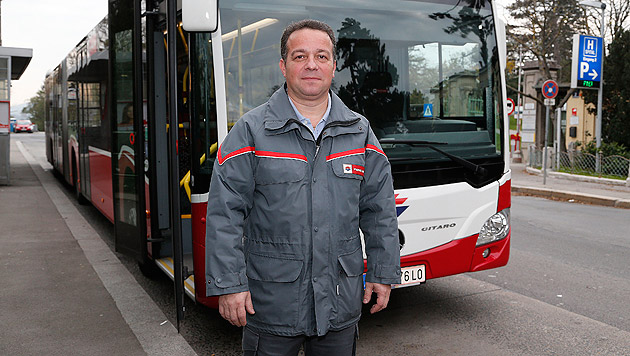 Busfahrer Dobrivoje M. zeigte Zivilcourage. (Bild: Zwefo)