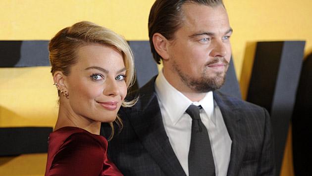 """Mit Leonardo DiCaprio stand Margot Robbie für """"Wolf of Wall Street"""" vor der Kamera. (Bild: APA/EPA/FACUNDO ARRIZABALAGA)"""