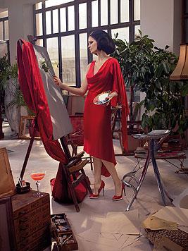 Im November stellt Eva Green eine wunderschöne Malerin dar. (Bild: Campari/Julia Fullerton-Batten)