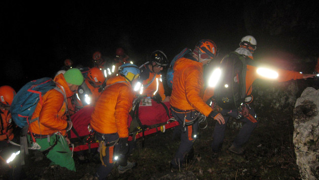 Ein 49-jähriger Alpinist ist am Untersberg rund 60 Meter abgestürzt. (Bild: APA/BERGRETTUNG GRÖDIG/unbekannt)