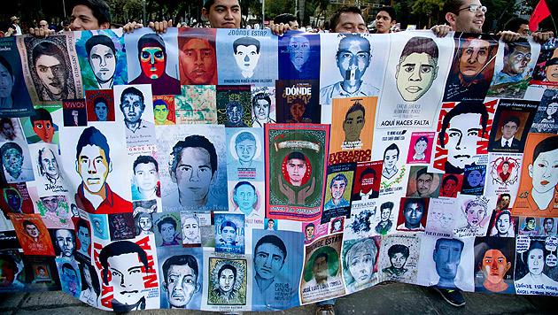 43 Morde in Mexiko nun Fall für Tiroler Experten (Bild: AP)
