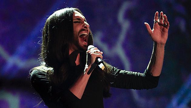 """""""We can be heroes!"""" Conchitas Stimme ließ sie auch am Samstag nicht im Stich. (Bild: APA/Erwin Scheriau)"""