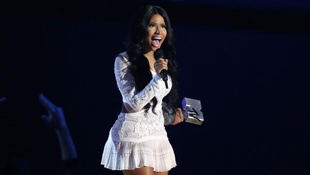 Nicki Minaj modierte nicht nur, sie bekam auch den Award als beste Hip-Hop-Künstlerin. (Bild: EPA)