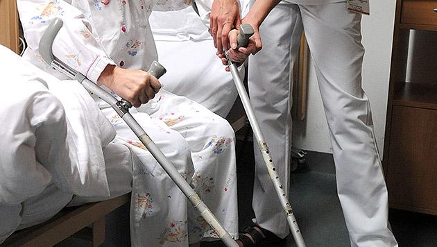 Rechnung für Pflegeheim kam nach sieben Jahren! (Bild: APA/BARBARA GINDL)