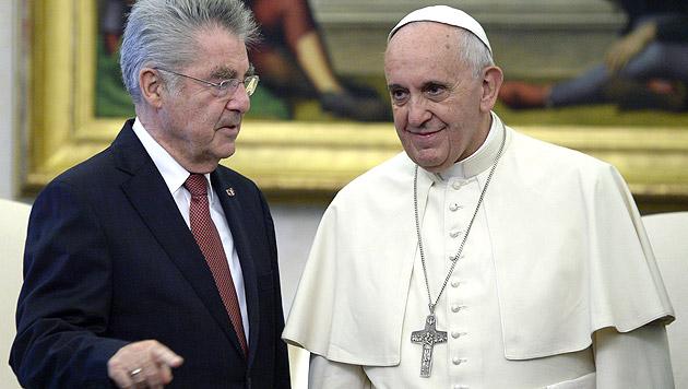 Fischer lädt Papst Franziskus nach Österreich ein (Bild: APA/Hans Klaus Techt)