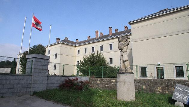 Die Magdeburgkaserne in Klosterneuburg: Hier sollen demnächst 100 Flüchtlinge untergebracht werden. (Bild: Andi Schiel)