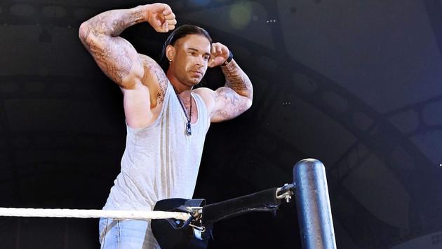 """Hier steigt """"Wrestler"""" Wiese erstmals in den Ring (Bild: APA/EPA/Affonso Gavinha / WWE / HO)"""